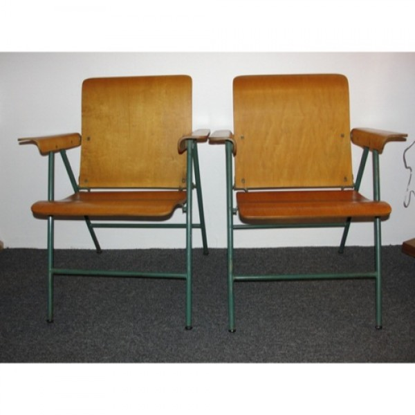 Russel_Wright_Wood_Folding_Chairs slide0