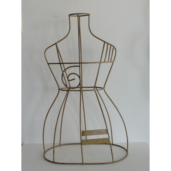 Mannequin_Wire_Sculpture slide0