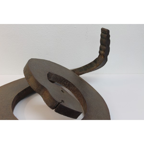 Brutalist_Steel_Rattlesnake_Sculpture slide6