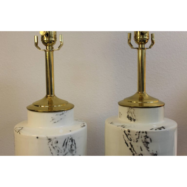 Pair_of_Abstract_Asian_Inspired_Ceramic_Lamps slide2