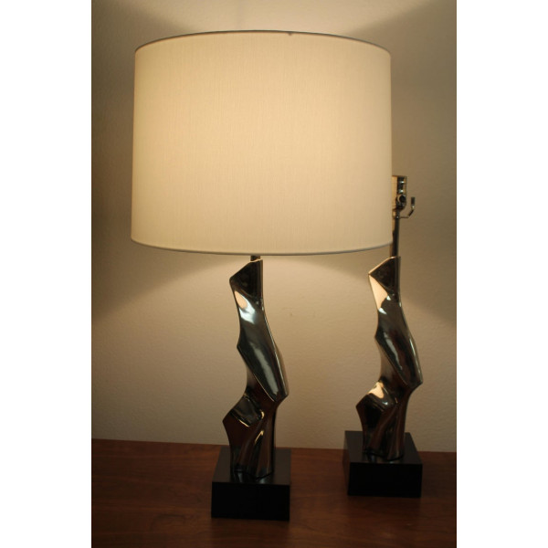 Pair_of_Lamps_by_Richard_Barr_for_the_Laurel_Lighting_Co. slide1