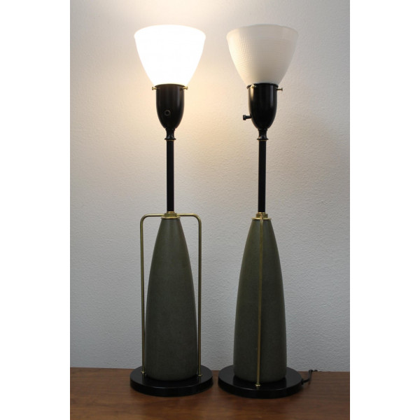 Pair_of_Table_Lamps_by_Rembrandt_Lamp_Company slide1