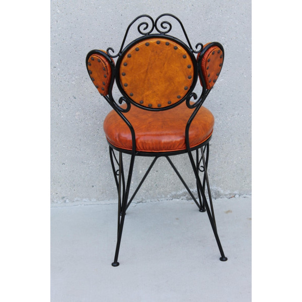 Four_Patio_Chairs_with_Paisley_Pattern slide4