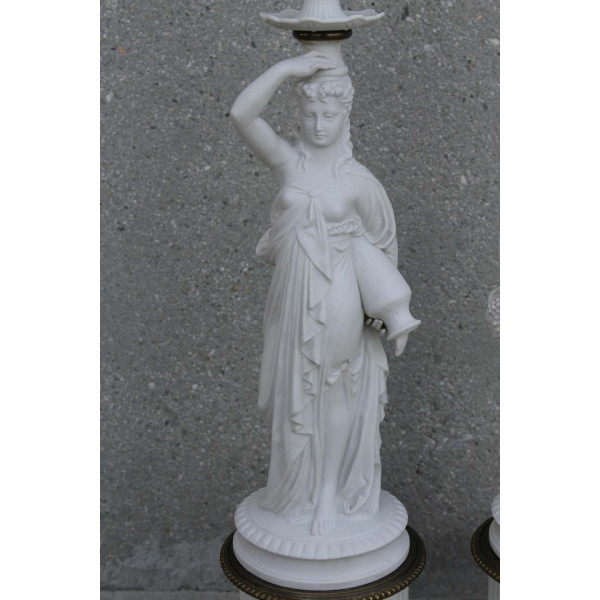 Pair_of_Porcelain_Goddess_Lamps,_Demeter_and_Iris slide9