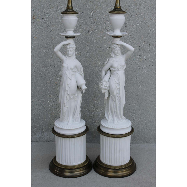 Pair_of_Porcelain_Goddess_Lamps,_Demeter_and_Iris slide2