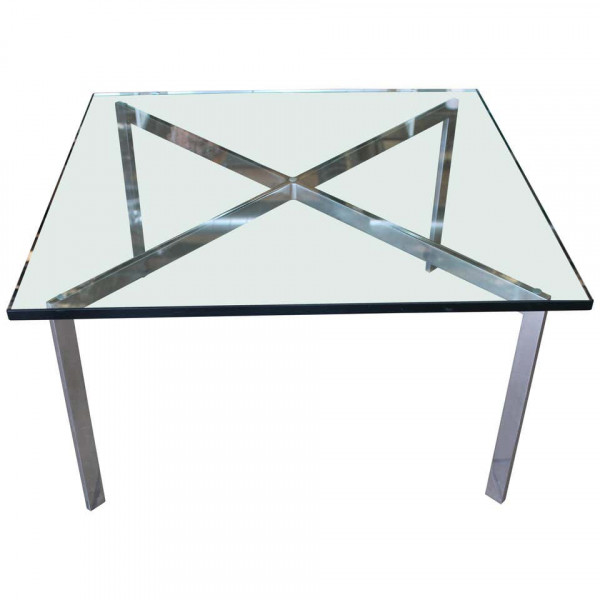 Barcelona_Coffee_Table_by_Ludwig_Mies_van_der_Rohe_for_Knoll slide0