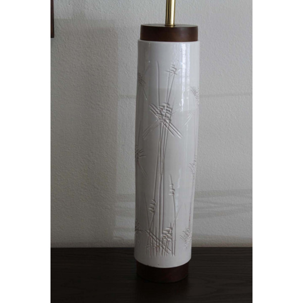 Ceramic_Cylindrical_Abstract_Lamp slide1